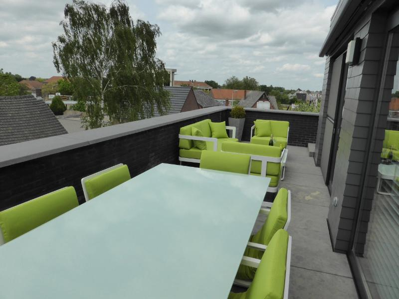 Tuinset Cannes bezorgd in Neerpelt (BE)