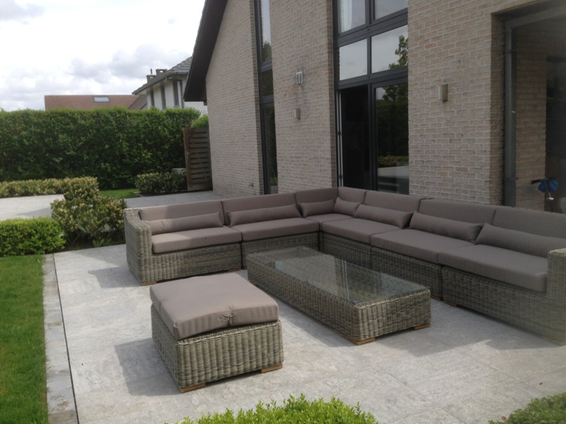 Loungeset St. Tropez bezorgd in Roeselare (BE)