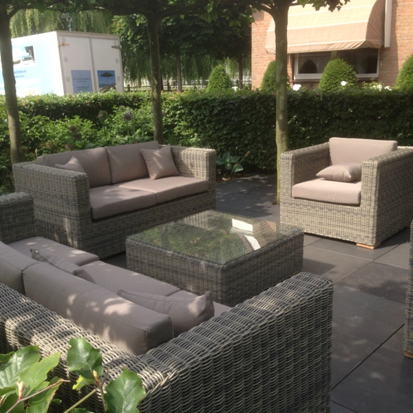 Loungeset Theoules bezorgd in de Lier