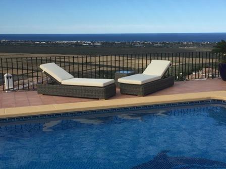 Ligbedden Theoules bezorgd in vakantiehuis Spanje