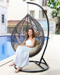 Hangstoel Rio Outdoorinstyle bruin met turquoisekussens