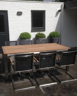 Tuinset Elba incl. 4 zwarte stoelen